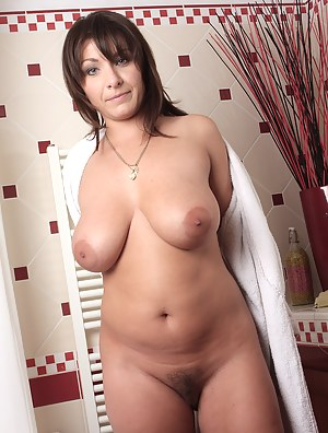 Free Chubby Mature Porn Pictures
