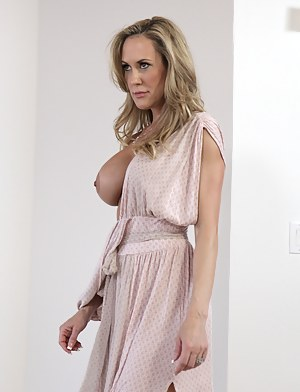 Free Mature Dress Porn Pictures